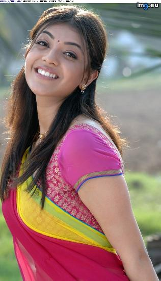 Kajal_Agarwal_Hot_in_Half_saree_8