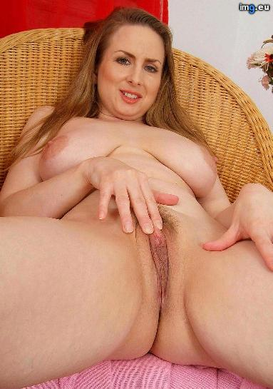 naked-housewife 120712 (154)