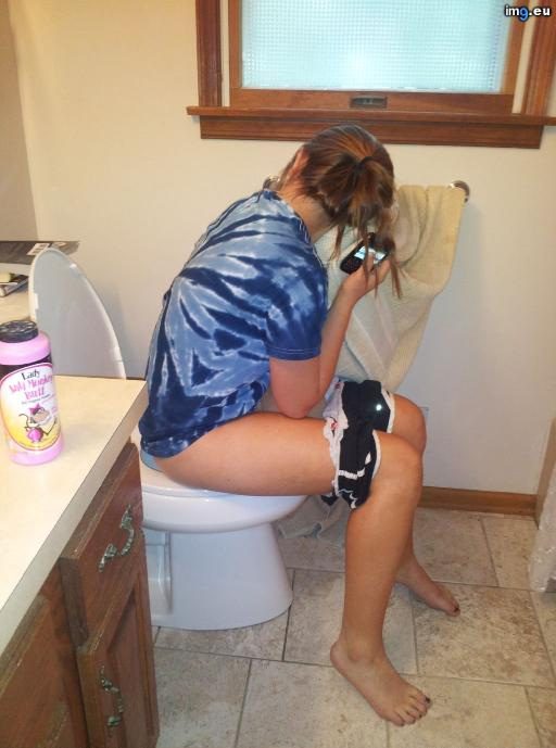 Young Teen Girls Pissing On Toilets 80 (WC toilet bowl peeing porn)